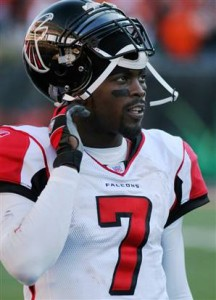 Michael Vick could be back in the NFL this season if a team is willing to take a chance on the former top pick.