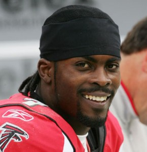 The smile may finally return to Michael Vick's face now that he has signed with the Philadelphia Eagles.