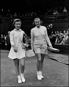 Betty Rosenquest Pratt faced Maureen Connelly in the 1954 Wimbledon semifinals.