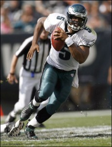 Donovan McNabb will look to lead the Eagles to another playoff appearance.