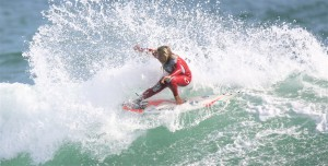 Lani Doherty ripping a wave on her way to ninth place finish in the world.