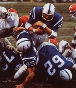 Tom Matte rushed for 64 yards and a score against the Browns.