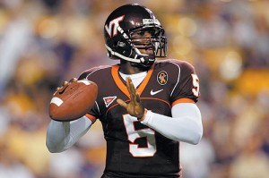 Tyrod Taylor and the Virginia Tech offense struggled until the last minute, then pulled out a dramatic victory.