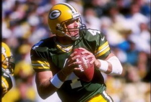 With the second of his five touchdowns, Favre passed Bart Starr to become Green Bay's career leader in touchdown passes.