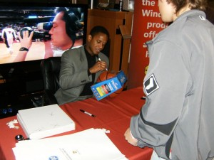 BJ Armstrong made an appearance in Chicago as part of the HP Windows 7 promotion.