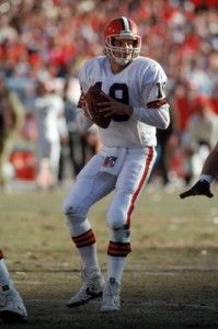 Bernie Kosar and the Browns rallied to defeat the Jets and reach the 1986 AFC Championship Game.