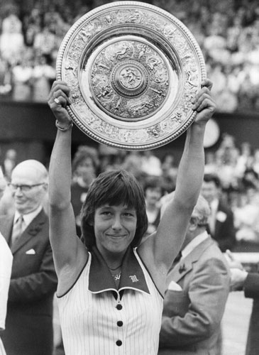 Navratilova claimed the first of her record nine Wimbledon titles in 1978 with a three set victory over Evert.