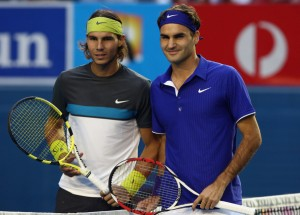 Rafael Nadal and Roger Federer pose at the beginning of the 2009 Australian Open final.