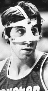 After being punched by Kermit Washington, Rudy Tomjanovich wore a mask when he returned to the NFL.