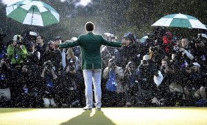 adam-scott-masters-green-jacket-rain-photo