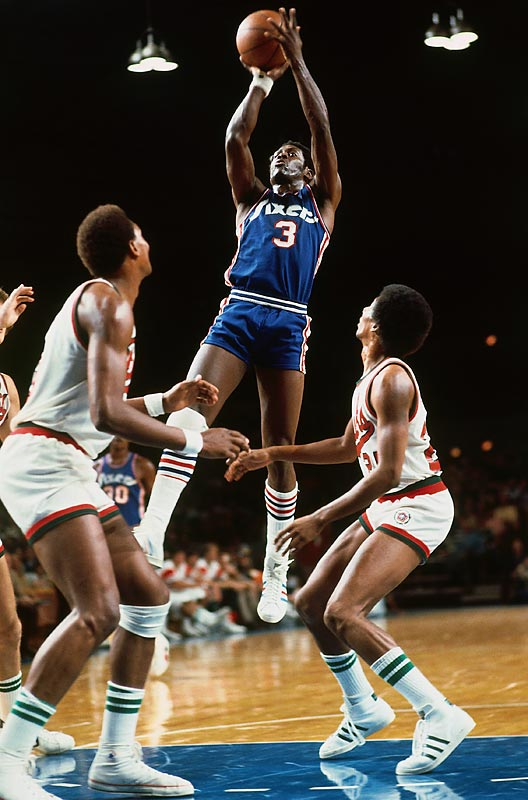 The 1972-73 76ers won only nine games despite Fred Cater averaging 20 points per contest.