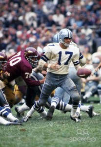 Don Meredith is one of the iconic quarterbacks to have played in this rivalry