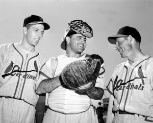 Joe Garagiola (center) won a World Series title as a rookie with the St. Louis Cardinals in 1946.