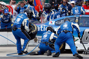 pit-crews-harrell-2015