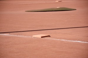 baseball-field-1495659_640
