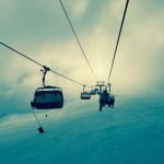 How to Decide Between Skiing and Snowboarding